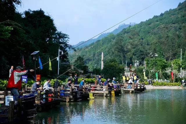 Go For Peace, go To Fishing Town-7