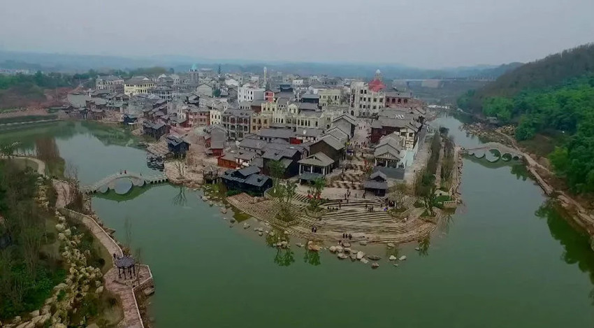 make-your-own-life-a-movie-in-the-liangjiang-movie-city-5