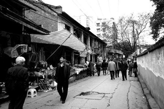 discover-the-old-memories-in-danzishi-old-street-3